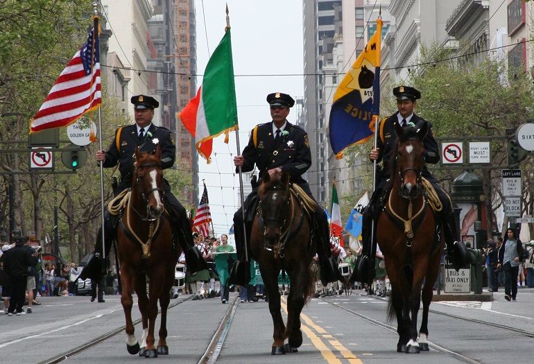 SFPD mounted units leading parade in 2007.