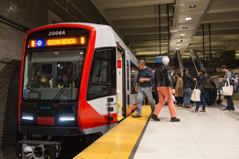 new lrv in service in muni metro