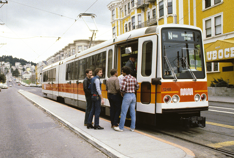 boeing lrv in the 1980s