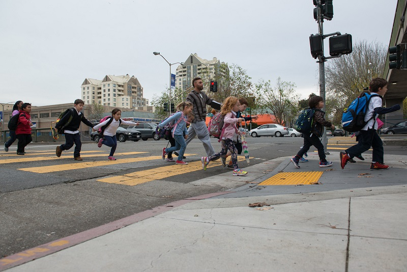 Kids crossing the intersection