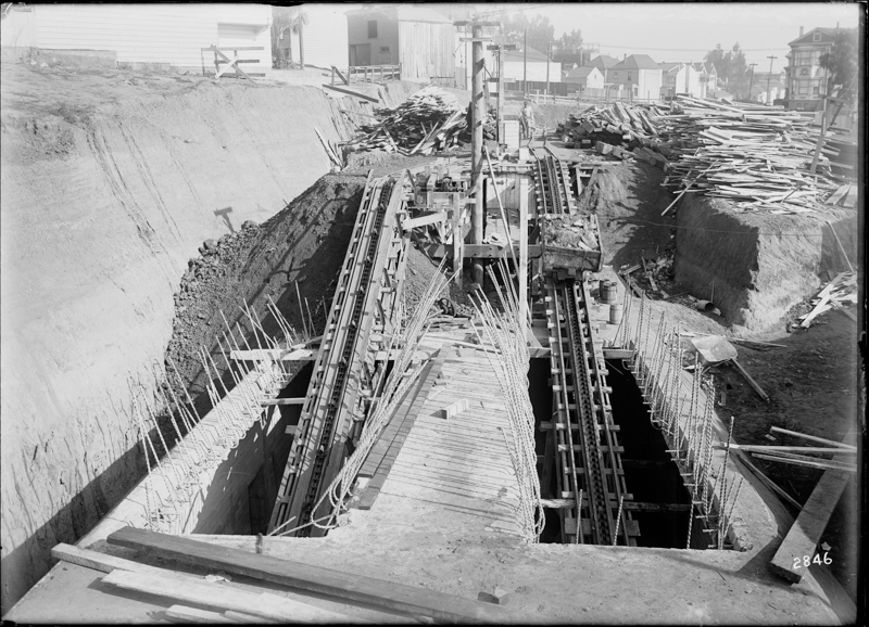 construction of twin peaks tunnel