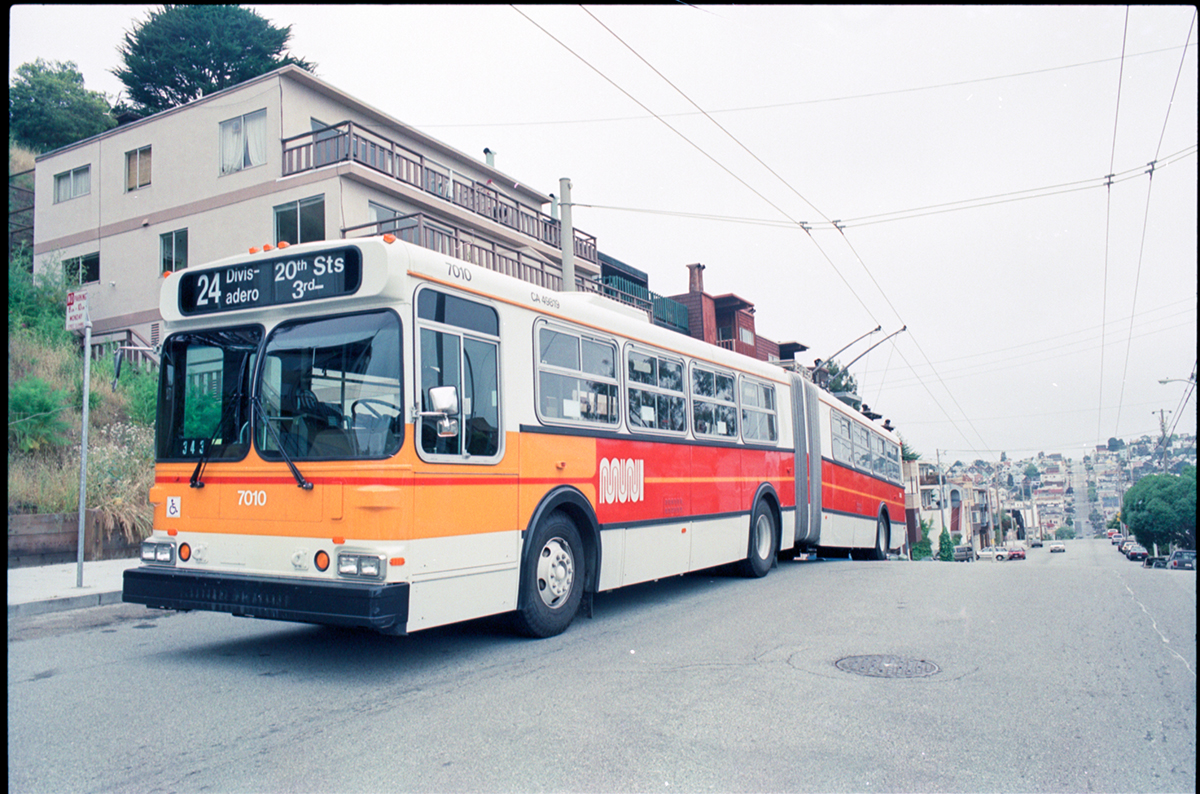 articulated trolley coach on Divisadero street