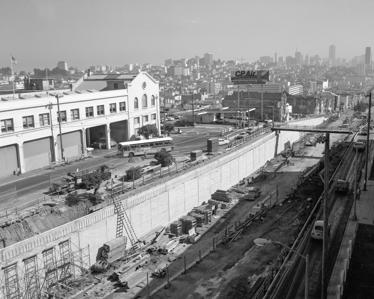 Photo showing the construction of the Geary Expressway tunnel between Presidio and Masonic.