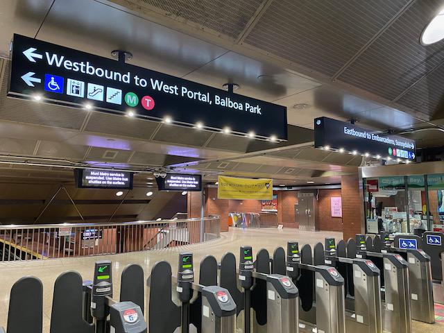Muni Metro Debuts New International Wayfinding Standards