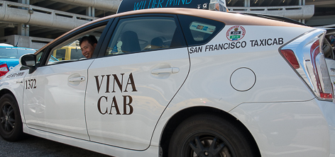 Car with Vina Cab company color scheme