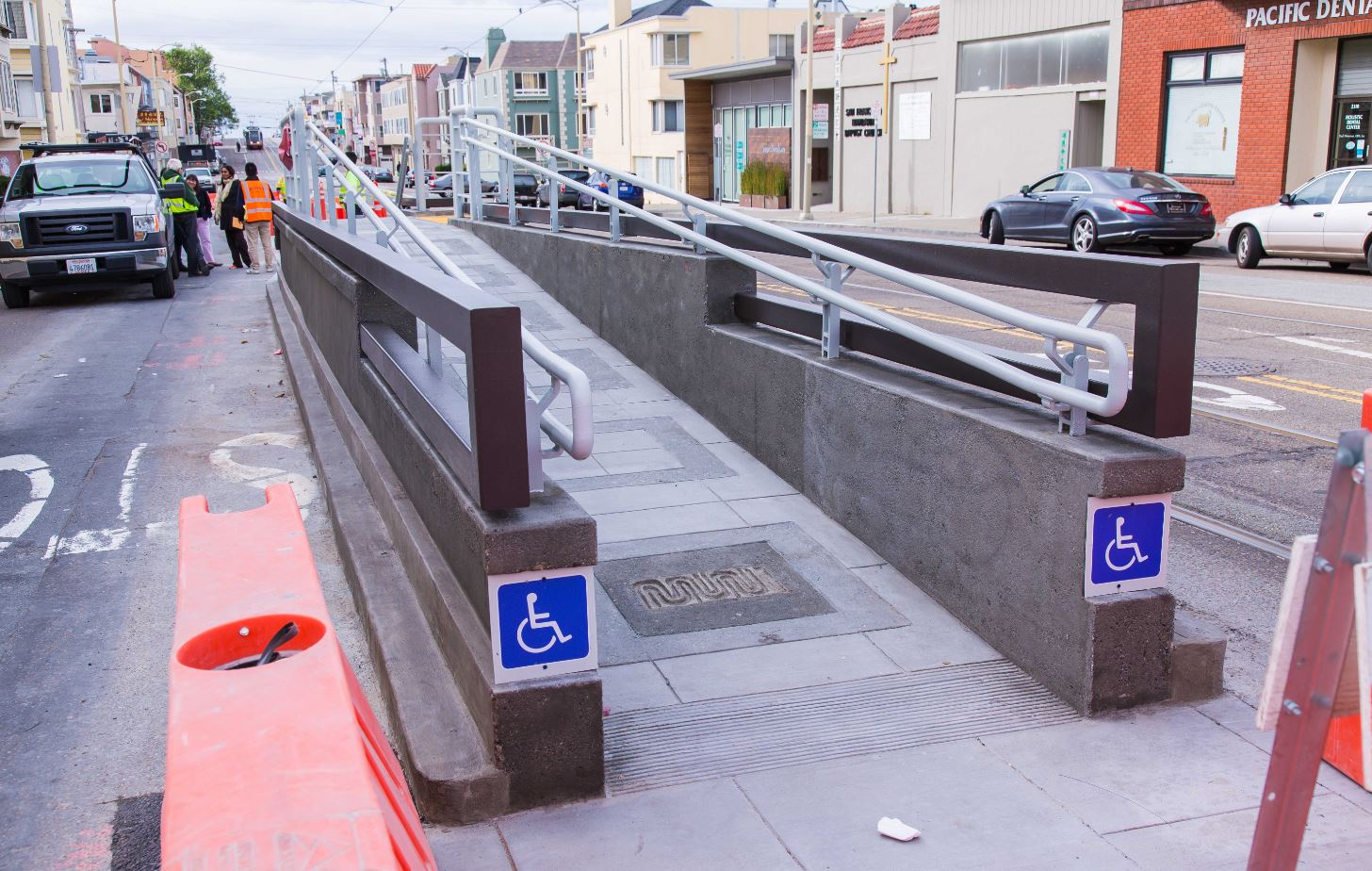 Eastbound N Judah platform at 28th Avenue has new ADA boarding ramp.