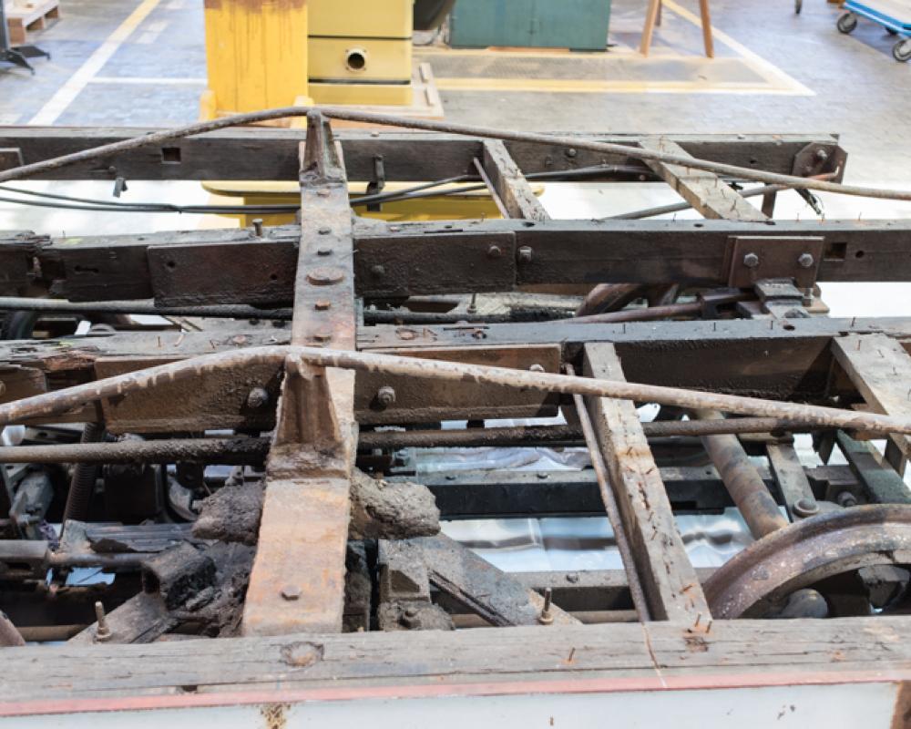 damaged cable car frame