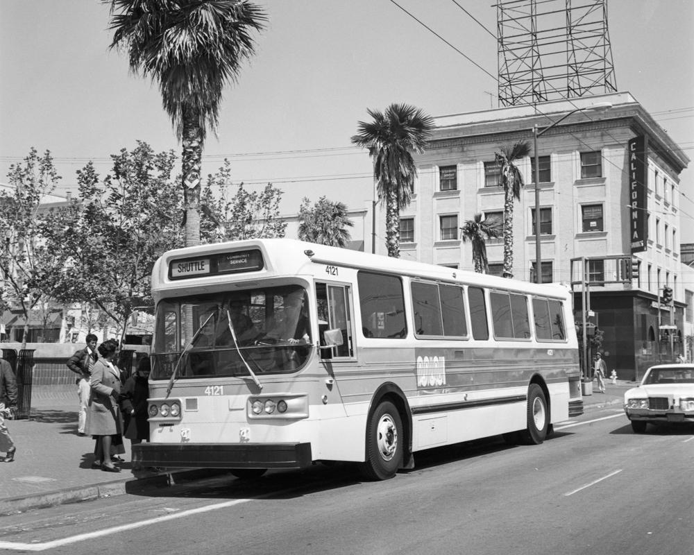 bus at 16th & Mission