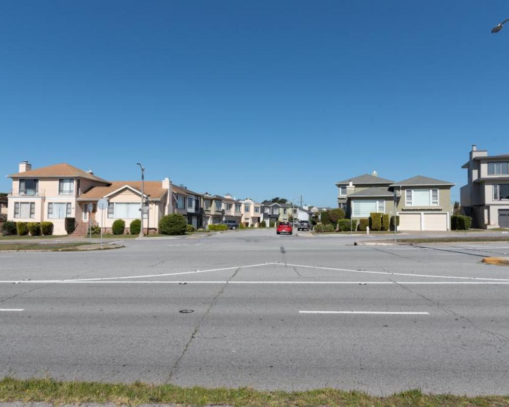 Lake Merced Boulevard and Clearfield Drive (existing conditions)