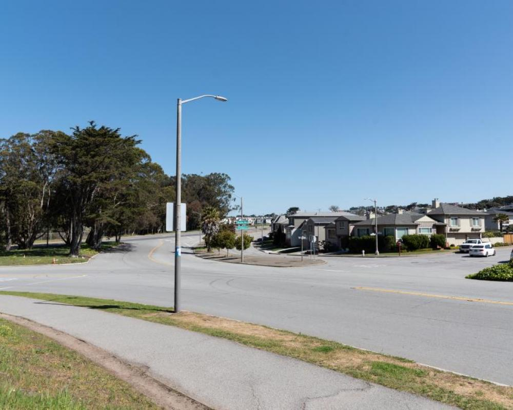 Lake Merced Boulevard and Skyline Boulevard (existing conditions)