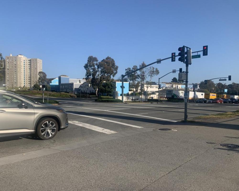 Lake Merced Boulevard and Higuera Avenue (existing conditions)