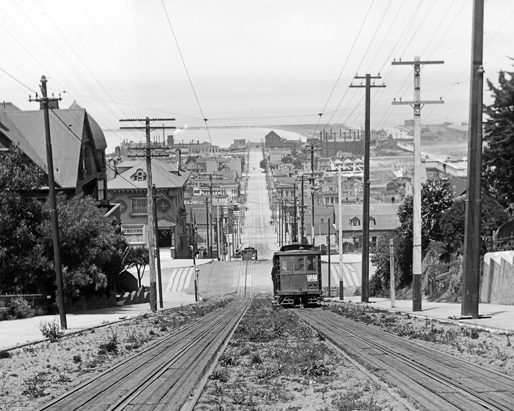Cable cars ran on Fillmore from Broadway to Green until 1941. This image looks north on Fillmore to the bay in 1903.