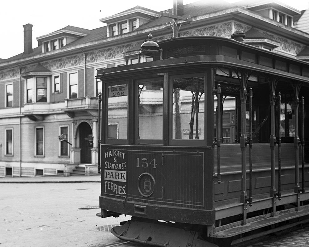 In the early 1900s, cable cars operated in many SF neighborhoods. This cable car is on Haight Street in 1905.
