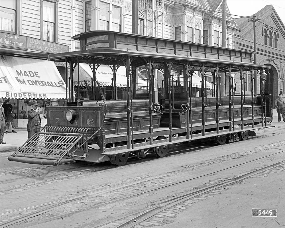 A Castro cable car on Castro Street near 24th Street in 1916. Cable cars operated on a portion of Castro Street until 1944.