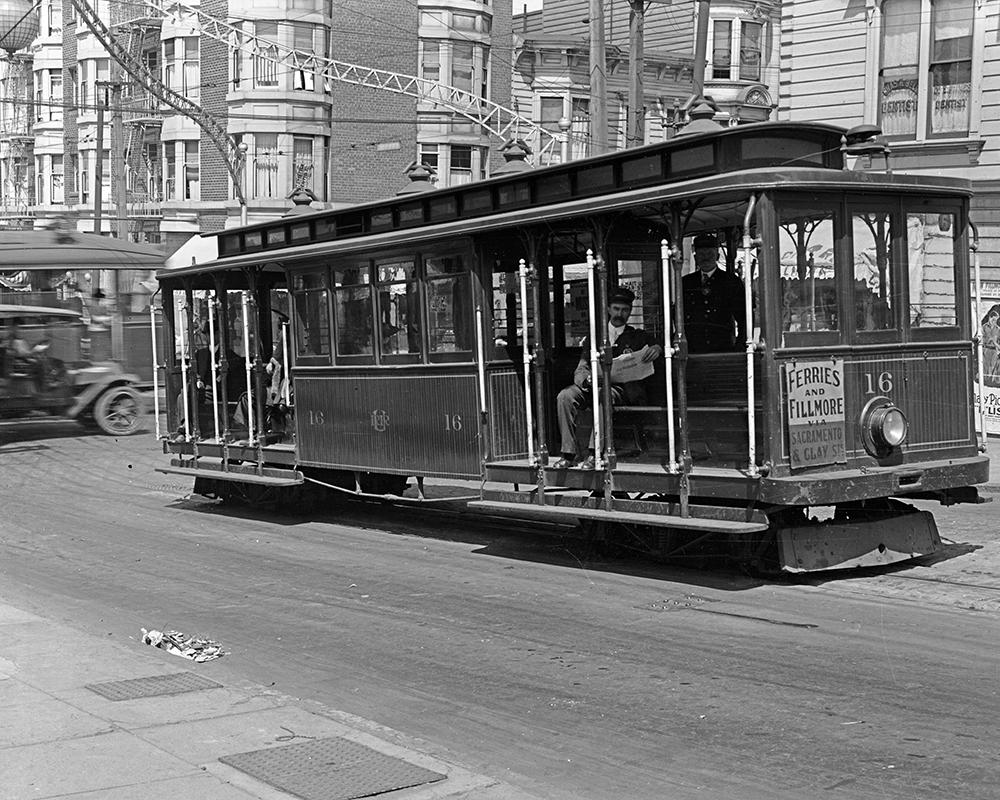 A cable car on Sacramento Street near Fillmore in 1918. This cable car line was closed by Market Street Railway in 1942.