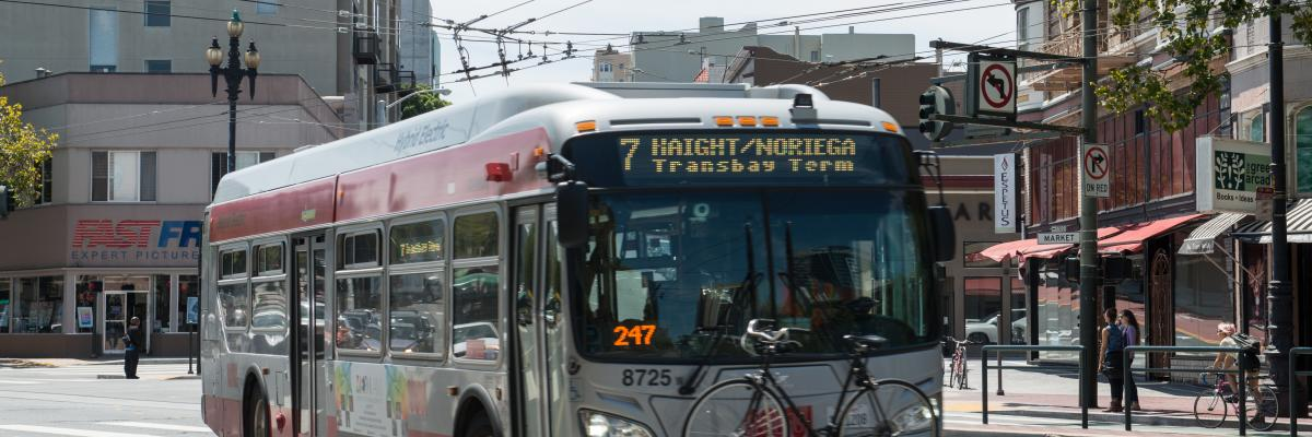 7 Haight bus turning onto Market Street