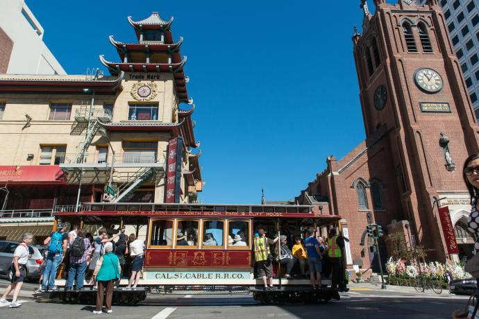 Cable Car in front of Chinatown gates