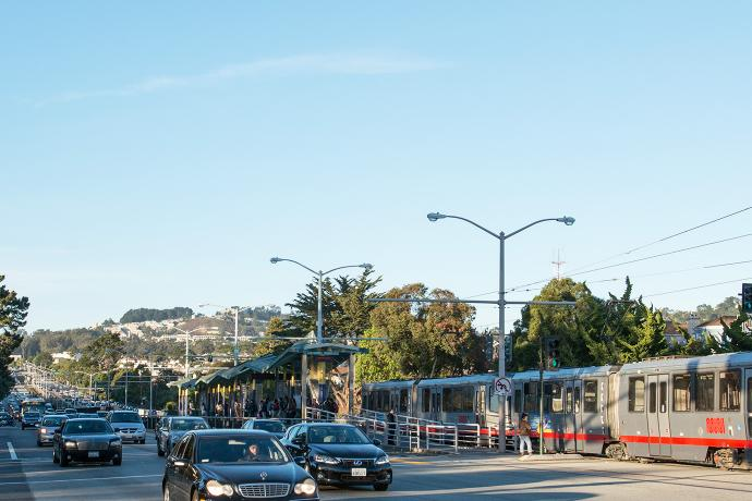 19th Avenue and Holloway Avenue with M Ocean View Line Light Rail