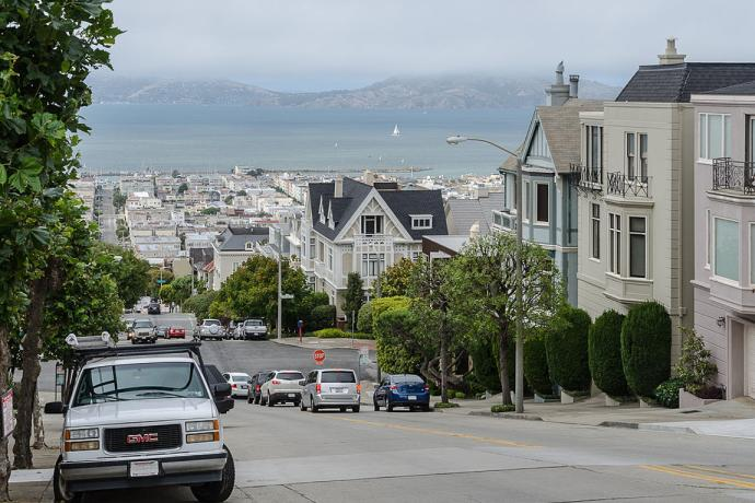 View of Bay and Divisadero street from pacific heights.  Photo by DXR cropped and resized.
