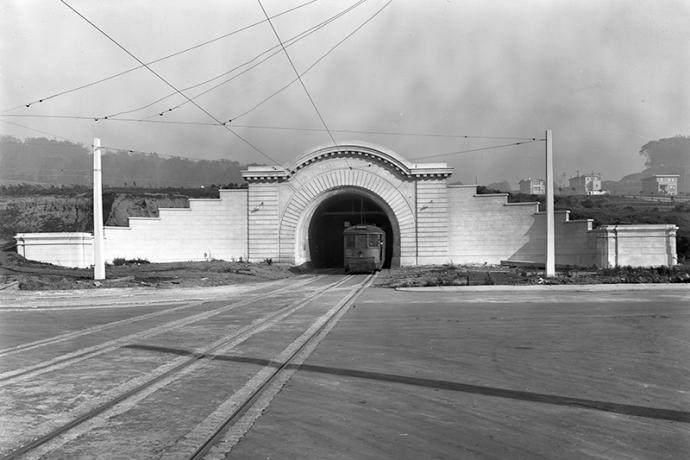 Vintage photo of a streetcar entering the Twin Peaks Tunnel