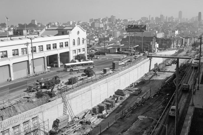 Construction work on the Geary Expressway