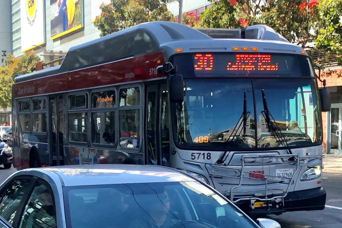 Photo of 30 Stockton traveling on 4th Street