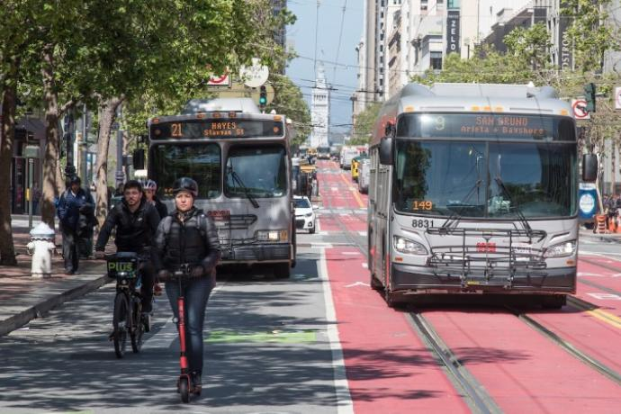 buses using transit lanes with e scooter and e bike