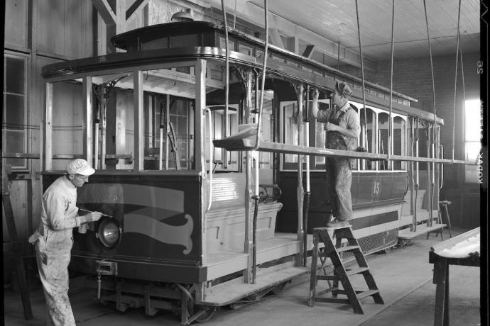 photo of mid 20th-century cable car painters