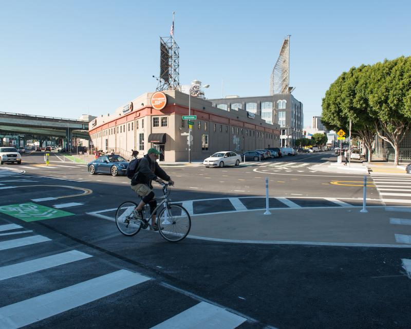 Image of 9th and Division Intersection with Safety Improvements