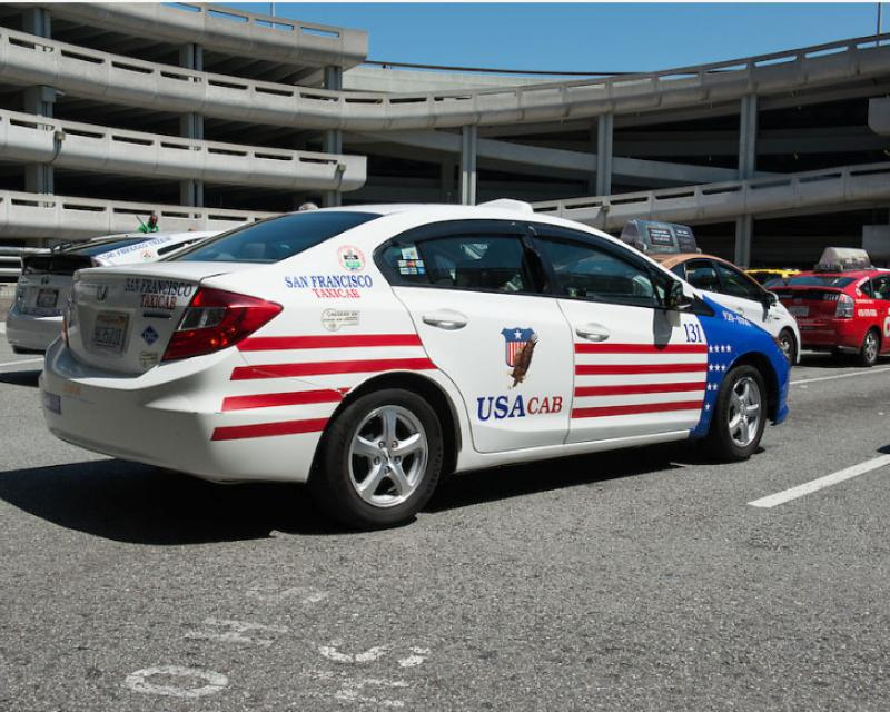 USA cab in red stripes, white and blue