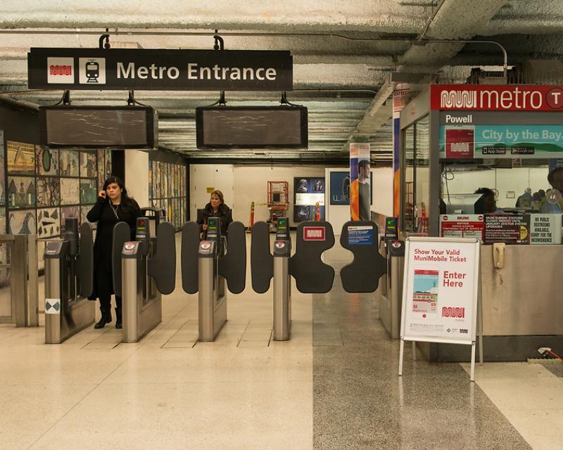 Muni Metro faregates