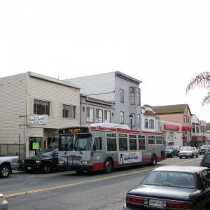 9 San Bruno bus in service along San Bruno Ave