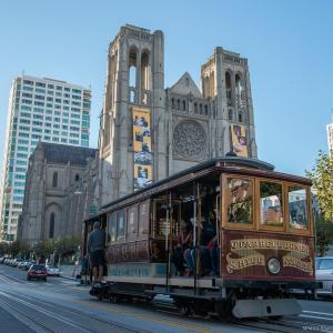 Image of California Cable Car Line on top of Nob Hill