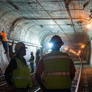 Improvements to communications infrastructure in the Twin Peaks Tunnel in 2015