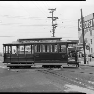 Old photo of cable car line Powell and Mason