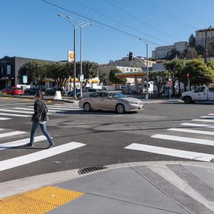 Pedestrian crossing at sidewalk on Geary