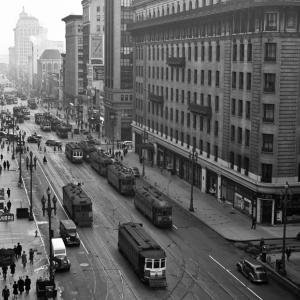 streetcars on Market in 1940