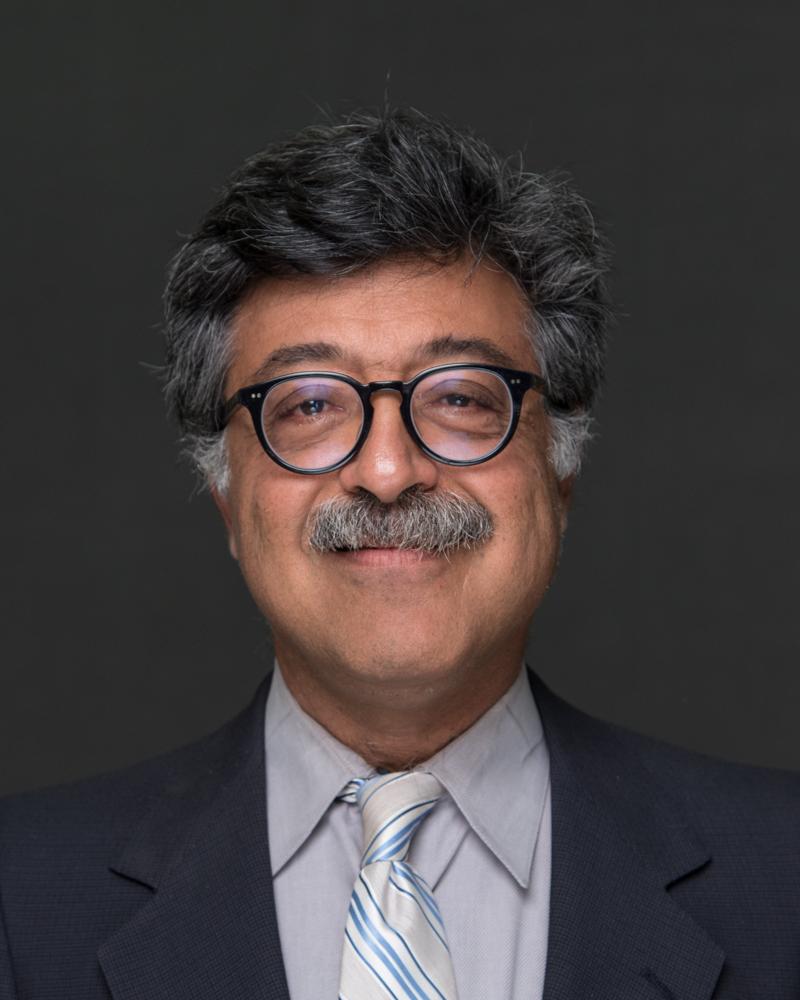 Shahnam Farhangi